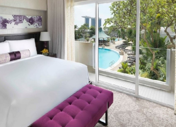 Fairmont Singapore - One Night Stay in Fairmont Room